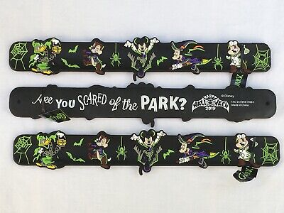 Disney Parks Vampire Mickey & Friends Halloween 2019 One (1) Slap Bracelet GITD