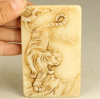 Asian old Jade Hand Carved tiger statue pendant netsuke noble decoration gift