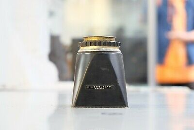 Hasselblad Magnifying Chimney Viewfinder