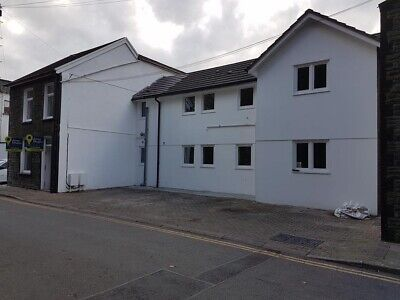 Complete property for sale 6 apartments in Pontypridd Town Ideal investment opp