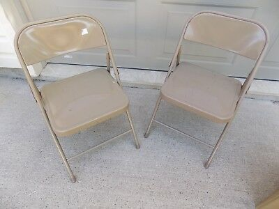 1 Vintage Child's Sunday School Metal Folding Chair (R8-7)