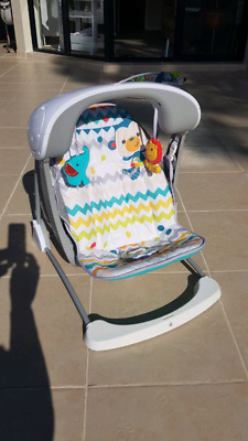 Baby Swinging Seat - New Condition
