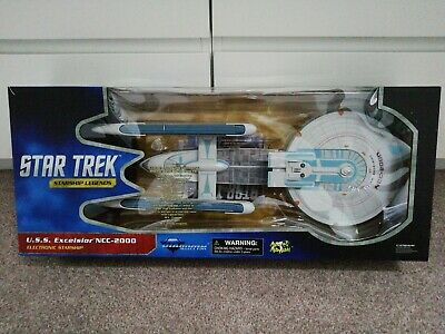 Diamond Select Toys Star Trek Starship Legends USS Excelsior NCC-2000. New...