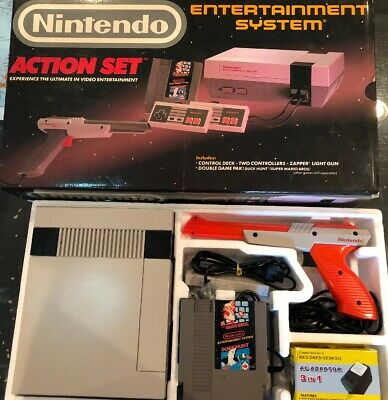 Nintendo Entertainment System Action Set NES Complete in Box CIB Console