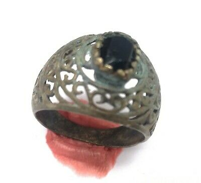 rare ancient  Romane bronze ring viking artifact bronze ring authenic with stone