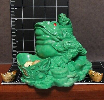 """Feng Shui Green Frogs Toads Gold Money Offering Asian Good Luck Charm 5"""" Tall"""