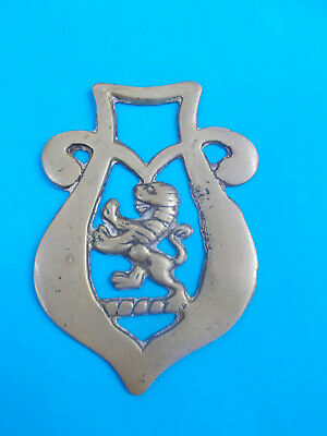 ANTIQUE HORSE BRASS - LION / ORNAMENT - HANG ON WALL - 90 x 65 mm # 40