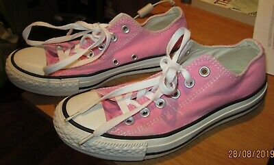 Converse All Star Low Top Trainers ( Pink - Size Uk 5, Eur 37.5 )Great Condition