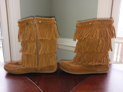 NEW Minnetonka Youth Girl/'s 3 Layer Fringe Boots Black #2659 Q22 z