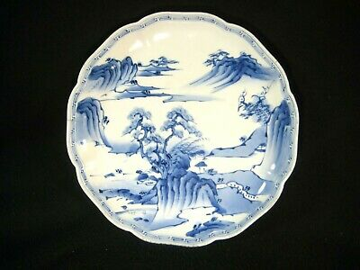 ANTIQUE JAPANESE MEIJI (c. 1880) SIGNED IMARI CERAMIC HAND PAINTED PLATE SCENIC