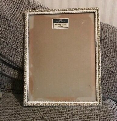 Boots Vintage Large Cream And Gold Ornate Wooden Picture/photo Frame