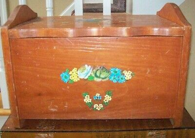 Vintage / Antique solid Wood Breadbox Has Great Appeal
