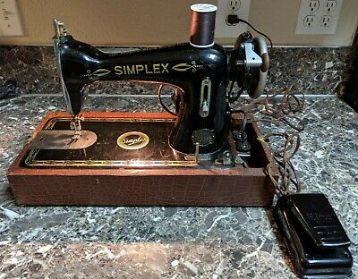 Vintage Simplex Sewing Machine M5001082 Tested and Working Original Case!