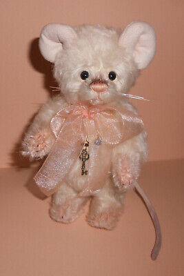Charlie Bears CRUMB Mouse ~ Isabelle Lee Collection 2011 ~Mohair Ltd Edition 300