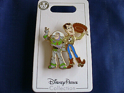 Disney * TOY STORY - BUZZ & WOODY WAVING / TIPPING HAT * New on Card Trading Pin
