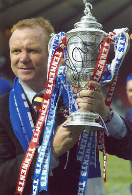 Alex McLeish, Glasgow Rangers manager, signed 12x8 inch photo. COA. Proof.