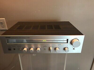 YAMAHA Natural Sound Stereo Receiver R-300 Tested & Working Perfectly 1980