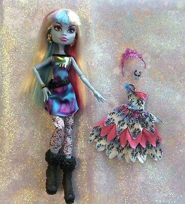 Monster High ABBEY BOMINABLE Doll With 2 outfits and boots and accessories