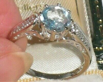 A BEAUTIFUL ART DECO 1.60cts SOLITAIRE AQUAMARINE & DIAMOND 9ct WHITE GOLD RING