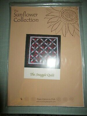 The Snuggle Quilt From The Sunflower Collection By Dawn Cameron-Dick - Christmas