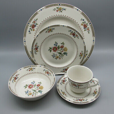 20pc SET - Royal Doulton Fine China KINGSWOOD Service for Four