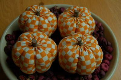 Primitive Fall Halloween Orange Checkerboard Print Pumpkin Ornies, Bowl Fillers