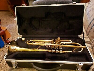 Weimar Trumpet With Case Used Conn 7C Mouthpiece