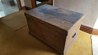 Antique Vintage Victorian Pine Wooden Trunk Chest Coffee Table Blanket Toy Box