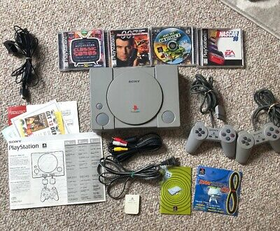 Original Sony PlayStation 1 PS1 SCPH 5501 Gaming System Console Bundle Games