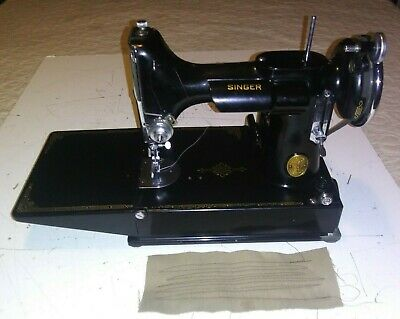 Old Vintage Antique Singer Sewing Machine Featherweight 221 Ae544512 1937 Case
