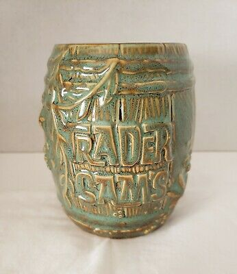 Disney Trader Sams Enchanted Tiki bar  barrel mug 1st Edition