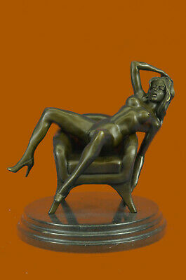 Art Nouveau100% Solid bronze statuette, nude figure of young woman seated Decor