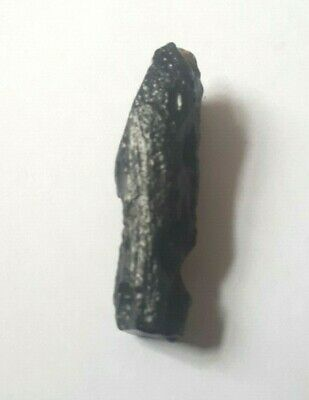 SMALL NATURAL TEKTITE  - METEORITE IMPACT - THAILAND 3.1 x 0.9 cms 2.97 gms #t7