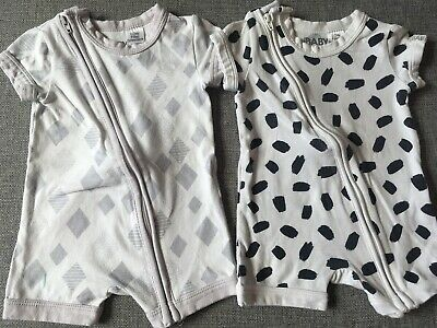 2 X Cotton On Baby Summer Zip Suits Size 000 0-3 Months