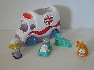 Bubble Guppies CLAMBULANCE Ambulance w/ FIGURES Deema Nurse & ACCESSORY Lot