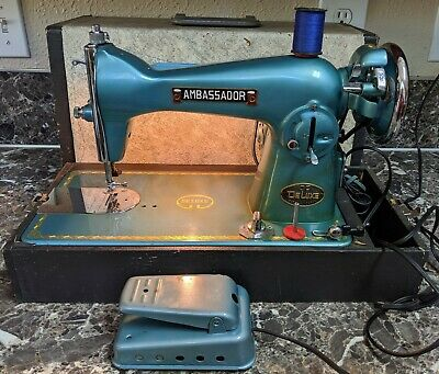 Vintage Ambassador 100 Deluxe Sewing Machine w/case, Tested & Works!