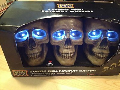 Set 3 ANIMATED TALKING LIGHT UP SKULL STAKES PROPS 6 Phrases Haunted LIFESIZE 7""