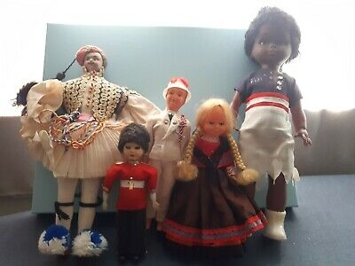 Vintage international dolls