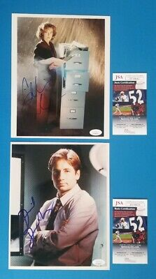 """David Duchovny And Gillian Anderson Signed 8""""X10"""" X-Files Photos With Jsa Coa"""