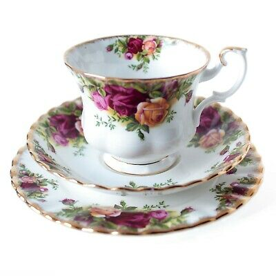 Royal Albert Old Country Roses (1962-73) 1st Quality Tea Trio Cup Saucer & Plate