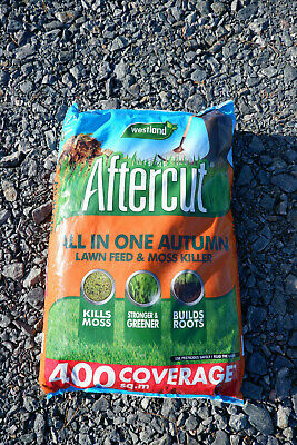 Westland Autumn Lawn Care feed weed and moss killer, 400 sq m 14 kg aftercut