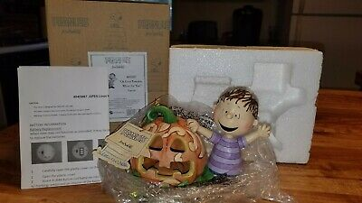 Jim Shore Peanuts Oh Great Pumpkin Where Are You? Figurine 4045887 Charlie Brown