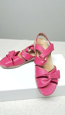 ZIERA 39 W Leather Pink Sandals . Removable Insole .PU SOLE