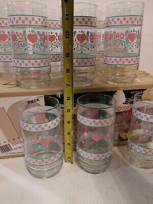 10 Drinking Glasses With Pink Hearts And Flowers