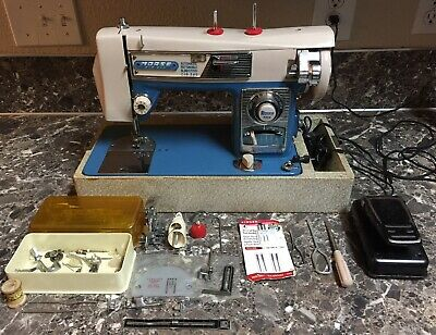 Morse Fotomatic III 4300 Sewing Machine Zig Zag Heavy Duty Vintage + Case, pedal