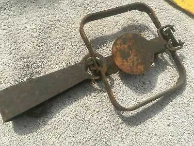 Vintage Russian Foothold long Spring Trap Interesting lock