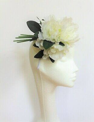 white Flower Fascinator Hat headpiece Wedding Ascot Race ladies day dinner blanc