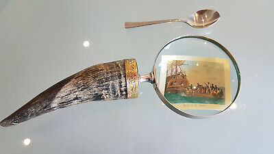 OLD HORN HANDLED MAGNIFYING GLASS, LARGE 27cm LONG. THE GLASS IS 10cm ACROSS.