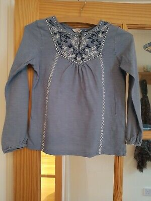 girls fat face blue embroidered top age 8-9 excellent condition