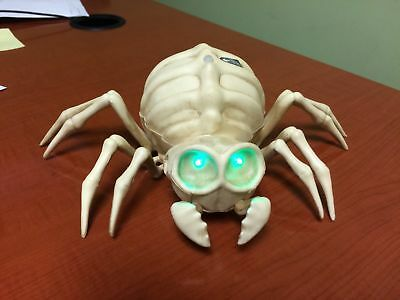 ANIMATED SPIDER SKELETON LEGS WIGGLE MAKES NOISE EYES LIGHT UP new PROP HAUNTED